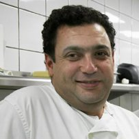 320 x 320: CHEF - CHRISTOFOROS PESKIAS