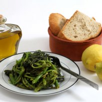 320 x 320: FOOD - GREENS WITH LEMON AND BREAD