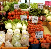320 x 320: FOOD - ITALY - VEGETABLES - FOOD MARKET