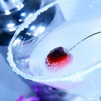 320 x 320: DRINK - COCKTAIL - MARTINI - CHERRY