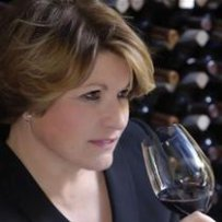 210 x 210: WINERY OWNER - GREEK - FRANCE - CORINNE MENTZELOPOULOS