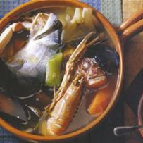 210 x 210: FOOD - FRANCE - PROVENCE - FISH STEW (BOUILLABAISSE)