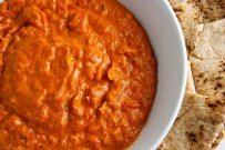 Dip with Sundried Tomatoes and white beans