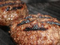 Meat Patties with Pistachio Nuts