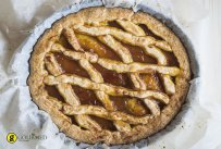 Pasta Flora - Greek tart with apricot jam