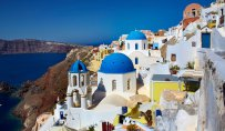 10 things to taste in Santorini