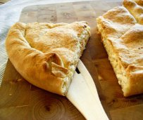Cheese and Onion pie - Kalasouna