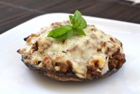 Stuffed mushrooms with minced meat & cheese