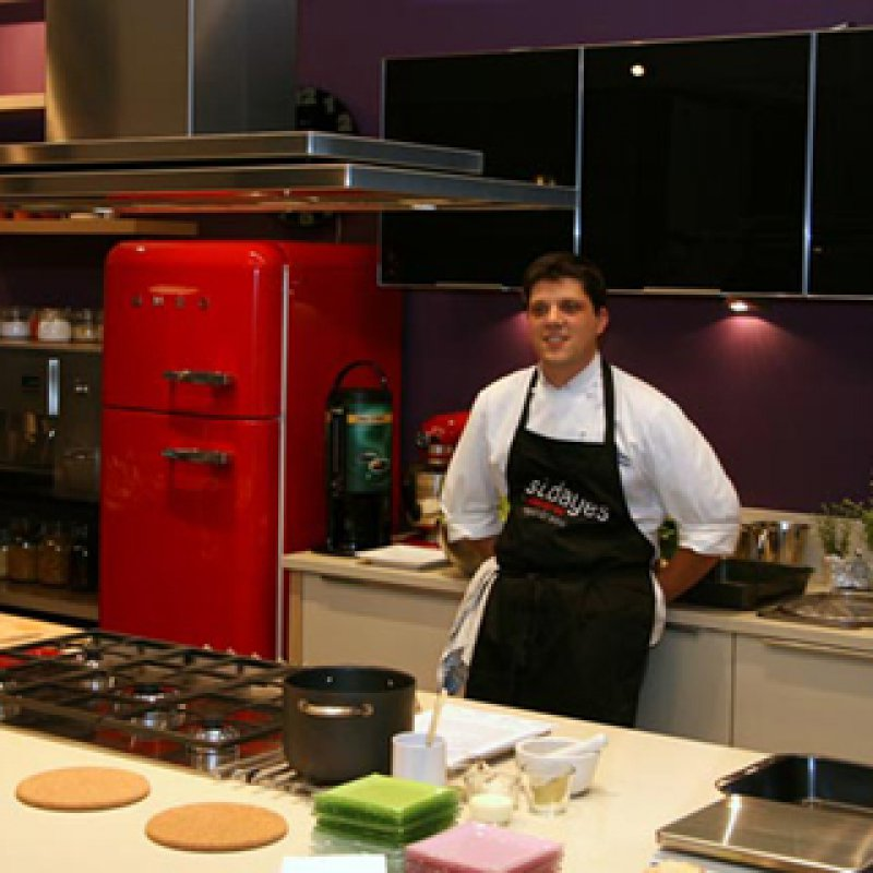 320 x 320: CHEF AND FOOD WRITER - ALEXANDROS PAPANDREOU