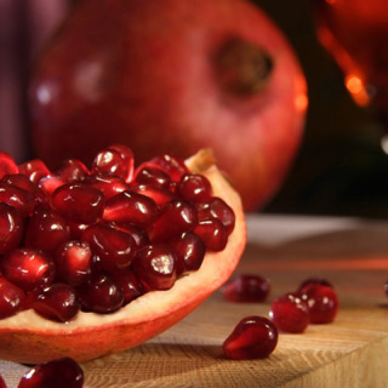 320 x 320: FOOD - POMEGRANATE