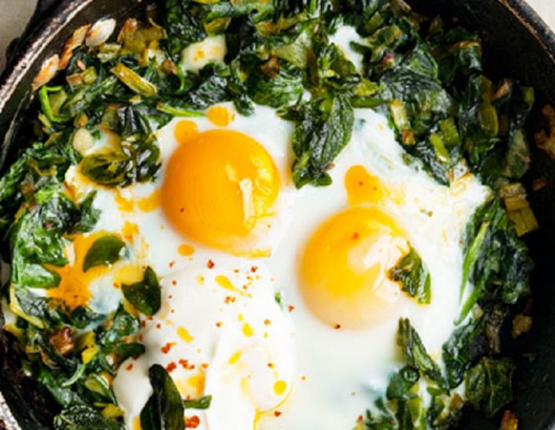 Eggs and Greens with Staka