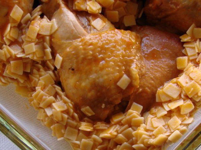 Capon in Tomato with Noodles