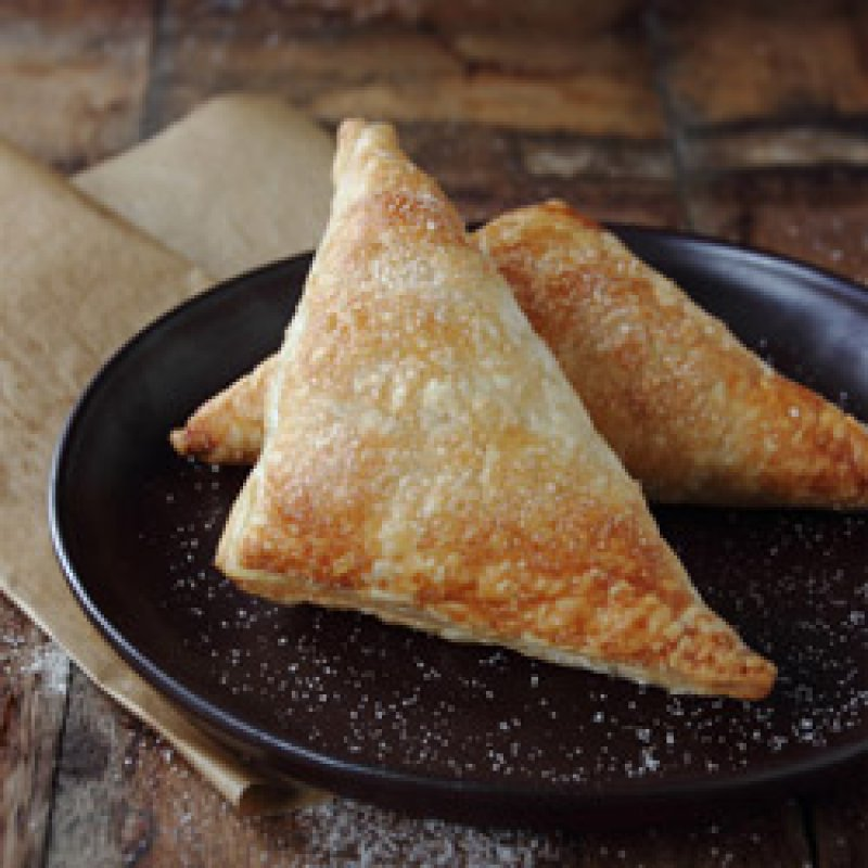 Sweet cheese & raisin turnovers