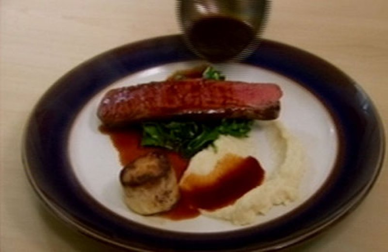 Veal Filet in Wine and Thyme