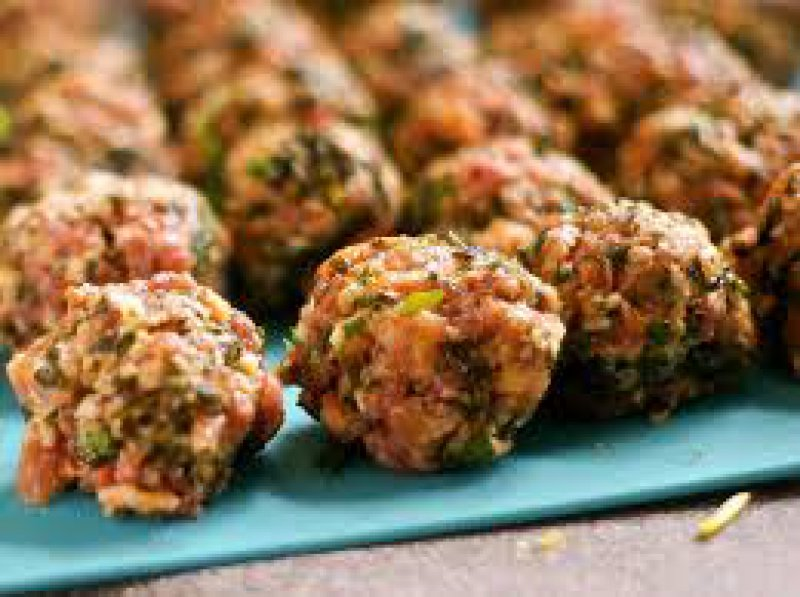 Algerian meetballs with rice and herbs