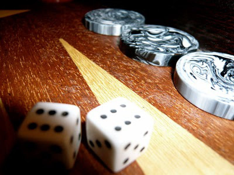 Backgammon: Is it luck or skill ?