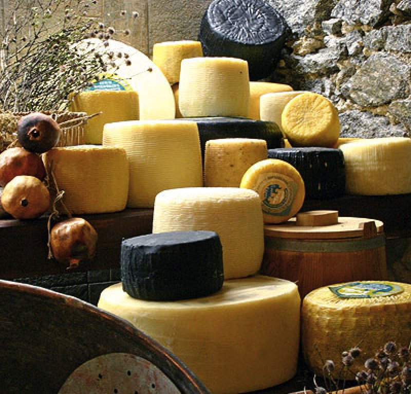 Traditional cheese products from Naxos island  (Naxos Creamery)