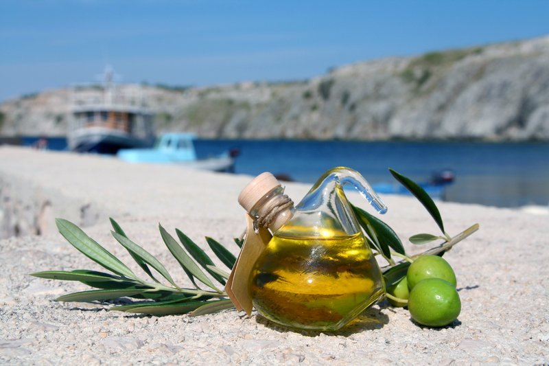 All you need to know about Greek olive oil