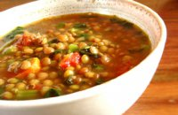 FOOD - GREECE - LENTIL SOUP (FAKES)