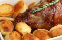 320 x 320: FOOD - ROASTED LAMB AND POTATOES