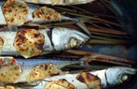 BAKED MACKEREL WITH LEMON