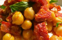 Chickpeas with Sausages and Peppers