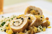 Chicken with Apple, Lemon and Raisins