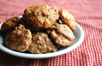 Cookies with bran flakes