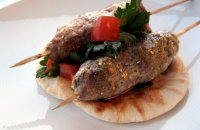 Lamb Kebab with Yoghurt sauce