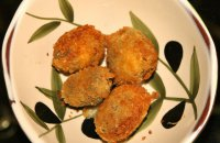 Herb-stuffed Breaded Jumbo Olives