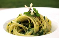 Spaghetti with Rocket and Ricotta
