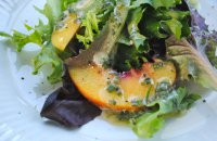 Summer Green Salad with Peaches