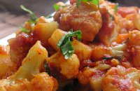 Cauliflower and  Celery Stewed with Tomato