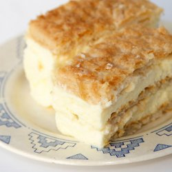 320 x 320: FOOD - DESSERT - FRANCE - MILLE-FEUILLE